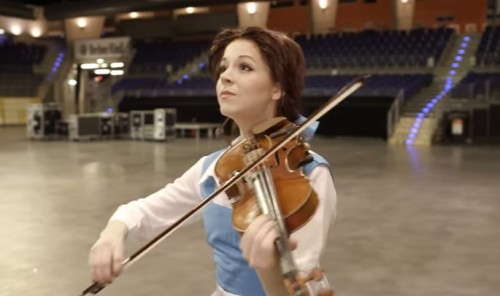 %دانلود اجرای Lindsey Stirling   Beauty and the Beast